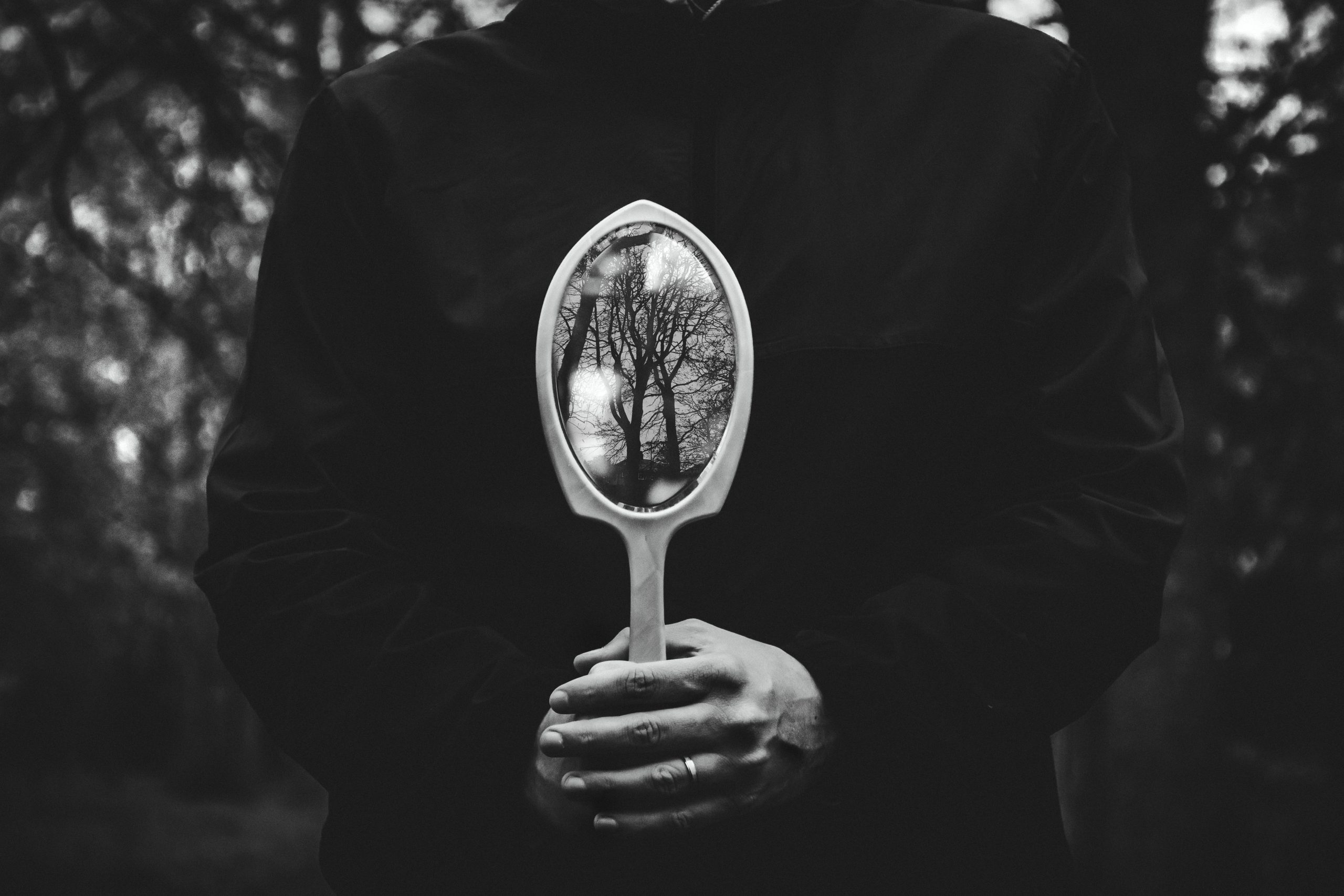 mirror-magick-for-beginner-witches